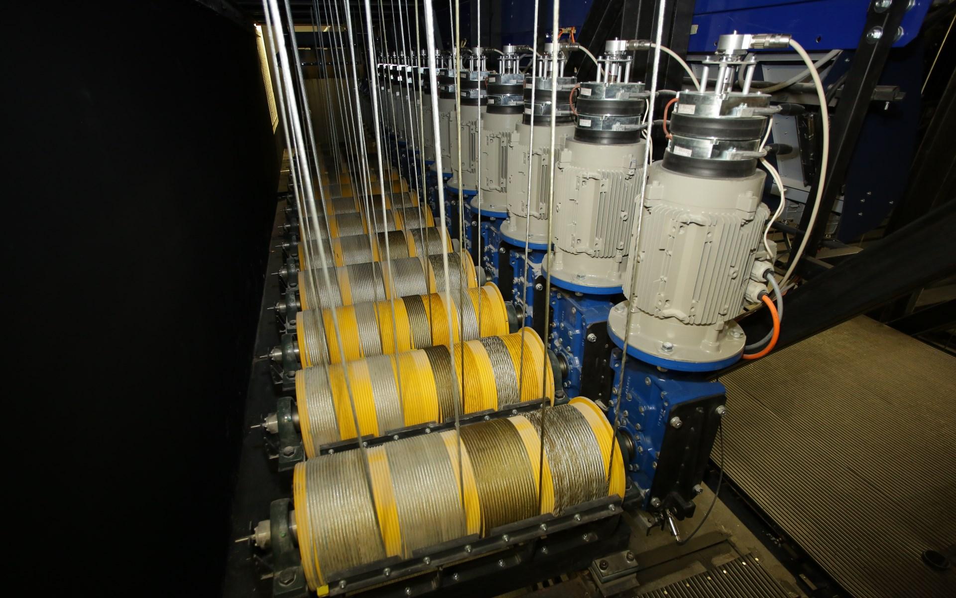 Vývoj a realizace speciálních jednoúčelových strojů